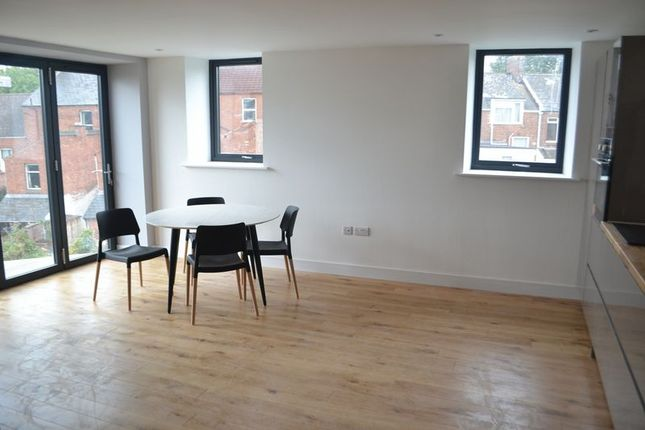 Thumbnail Flat to rent in Spinning Path, Blackboy Road, Exeter