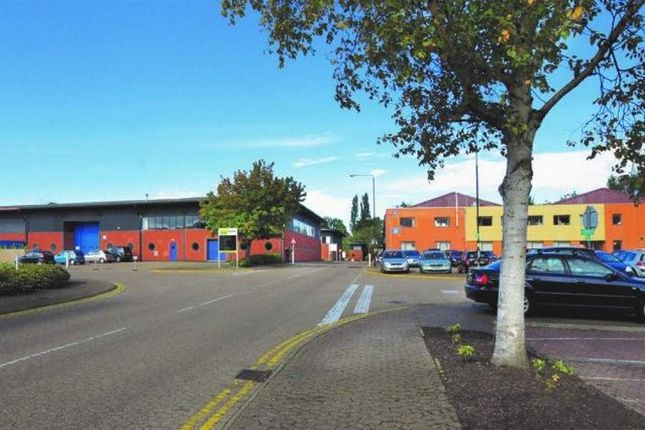Thumbnail Warehouse to let in Unit 7, Woking Business Park, Woking, Surrey