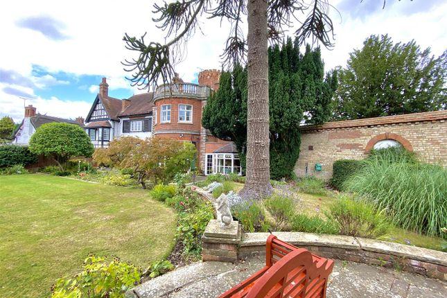 Thumbnail Property for sale in Offchurch Lane, Radford Semele, Leamington Spa