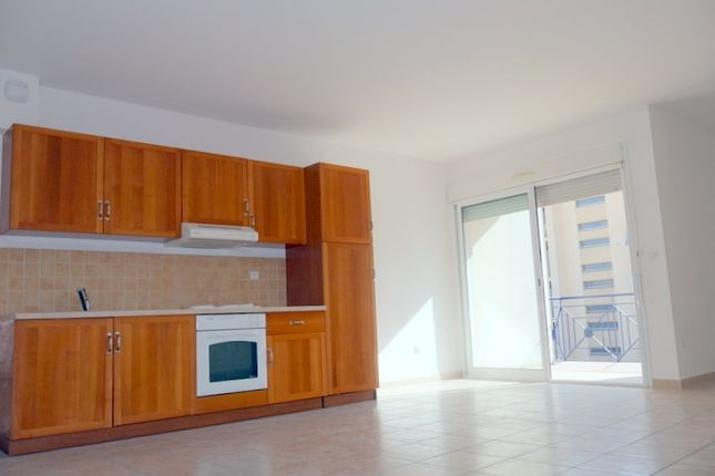 2 bed apartment for sale in Languedoc-Roussillon, Hérault, Beziers