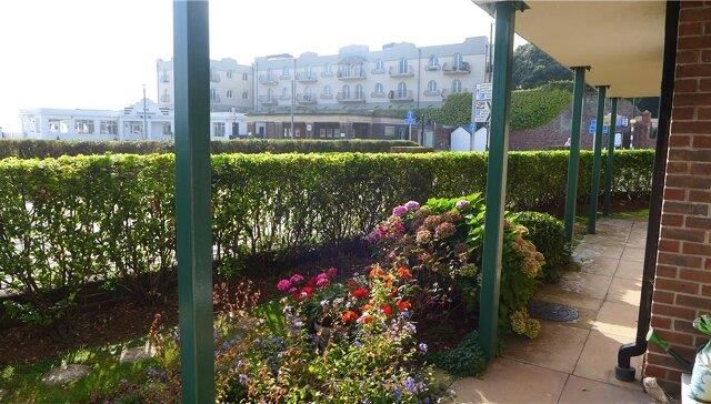 Thumbnail Property to rent in Colin Road, Paignton