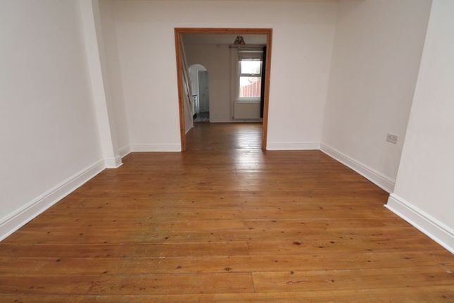 3 bed terraced house to rent in Tower Street, Brightlingsea, Colchester CO7