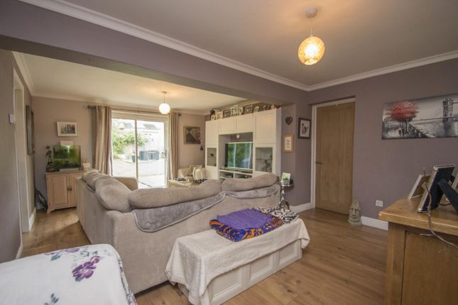 Lounge of Hagbourne Close, Woodcote, Reading RG8