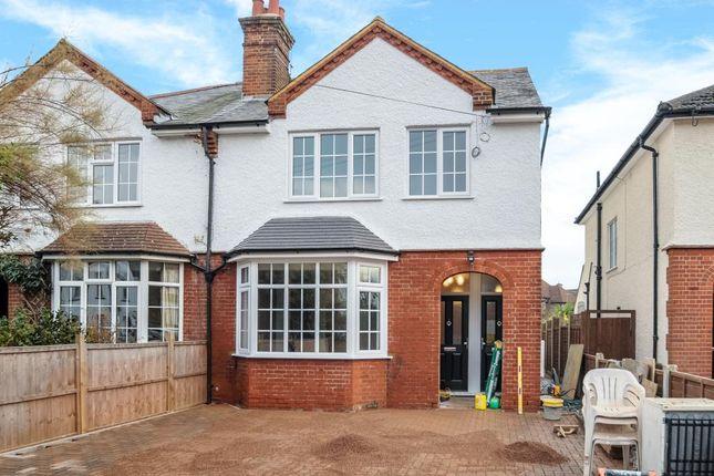 Maisonette to rent in Northwood, Hertfordshire