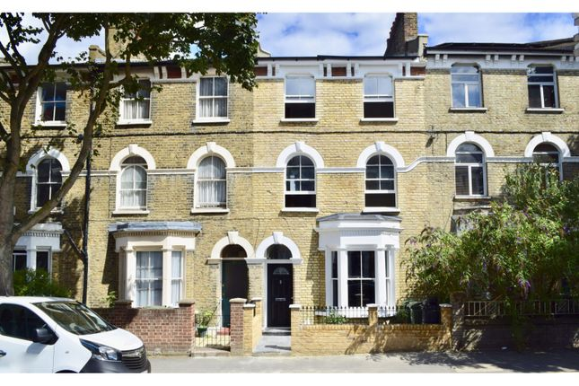 Thumbnail Terraced house for sale in Dalyell Road, Brixton