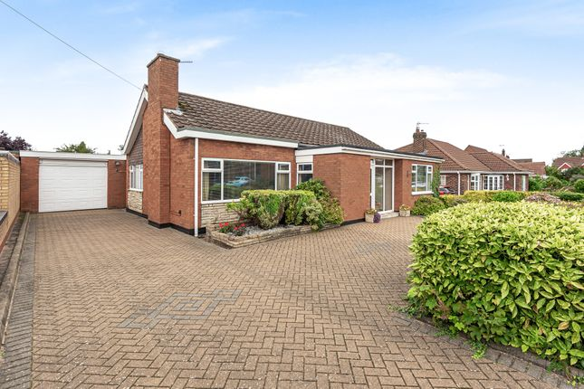 Thumbnail Bungalow for sale in West Common Gardens, Scunthorpe, Lincolnshire