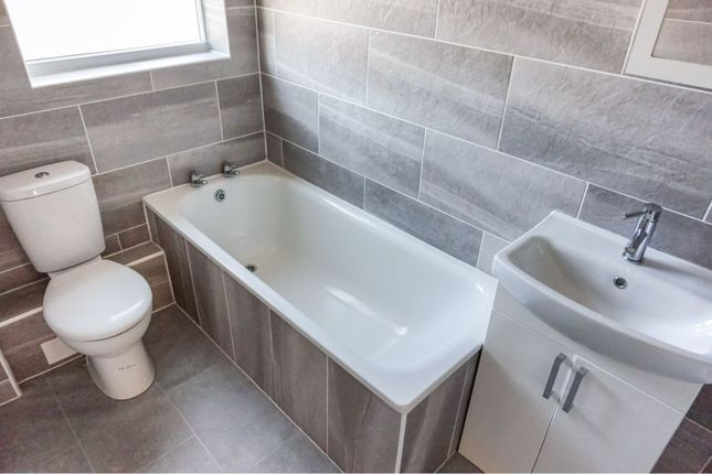Bathroom of Stortford Street, Grimsby DN31