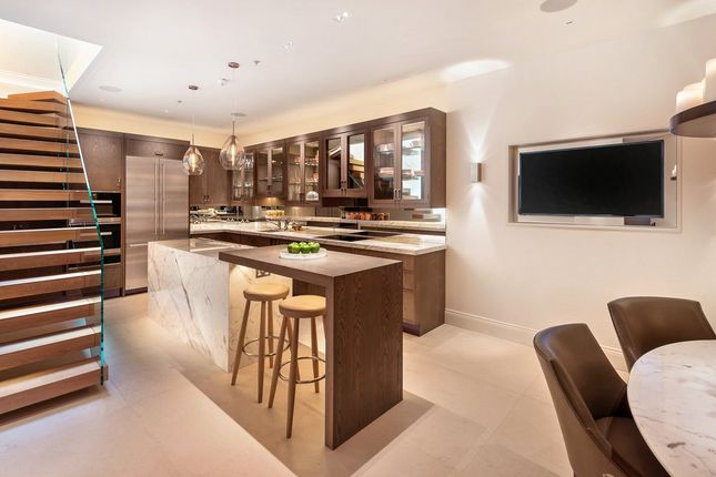 Kitchen of Pond Place, Chelsea, London SW3