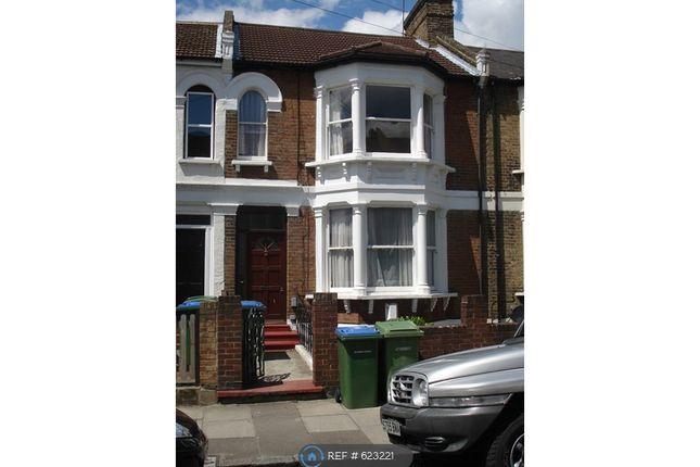 Thumbnail Maisonette to rent in Eglinton Road, London