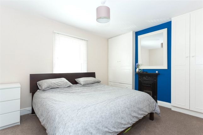 Bedroom of Neal Street, Watford, Hertfordshire WD18