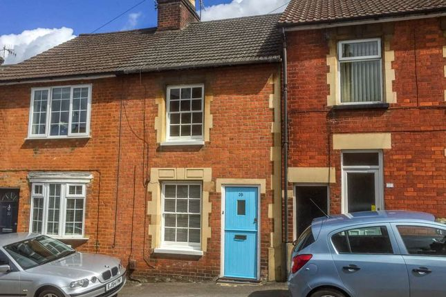 Thumbnail Cottage to rent in Victoria Road, Berkhamsted