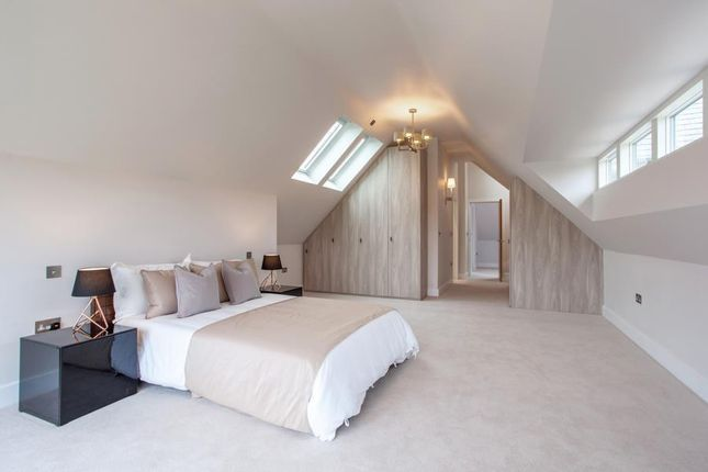 Master Bedroom of Arundells, Whitehall Lane, Checkendon RG8