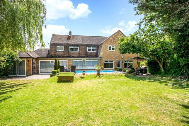 Thumbnail Detached house for sale in Marlow Road, Bourne End, Buckinghamshire