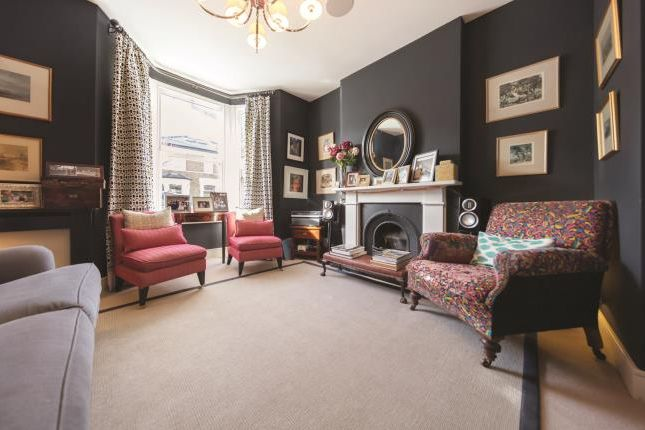 Thumbnail Terraced house for sale in Octavia Street, London