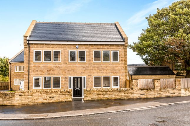 Thumbnail Detached house for sale in Greenside, Pudsey