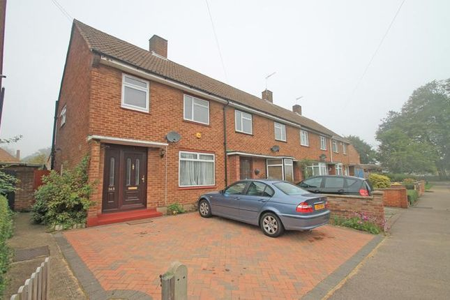 Thumbnail End terrace house to rent in Newhouse Crescent, Watford