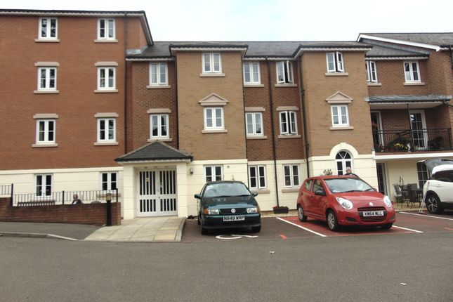 Flat for sale in Albion Court, Northampton