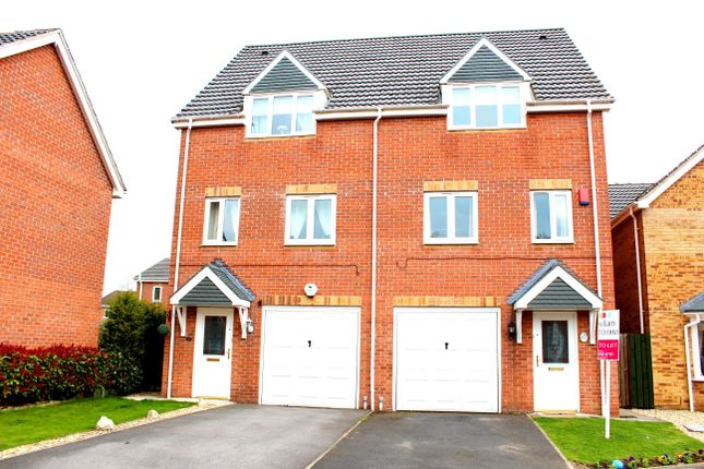 Thumbnail Semi-detached house to rent in Walstow Crescent, Armthorpe, Doncaster