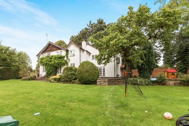 Thumbnail Property to rent in Hollies Lane, Wilmslow