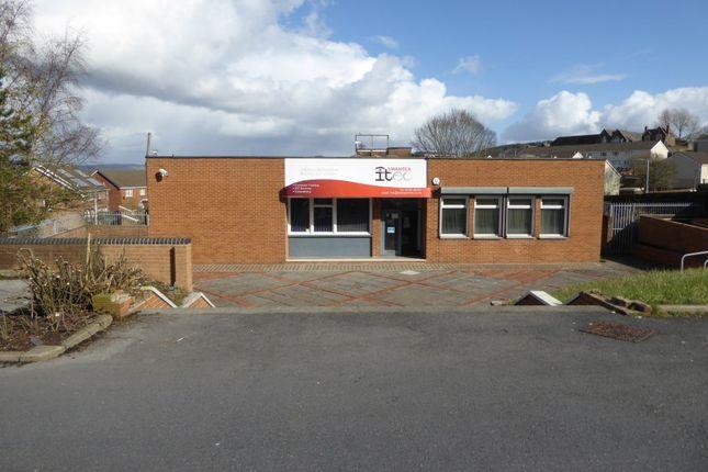 Office to let in Carmarthen Road, Swansea
