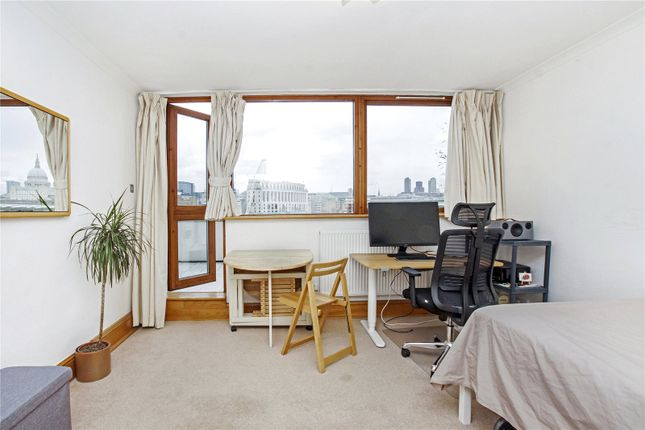 Picture No. 13 of River Court, Upper Ground, South Bank, London SE1