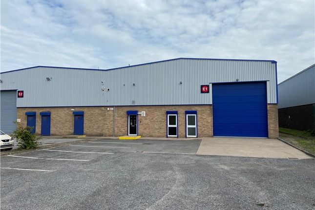 Light industrial to let in Unit E1, Copley Hill Trading Estate, Whitehall Road, Leeds, West Yorkshire