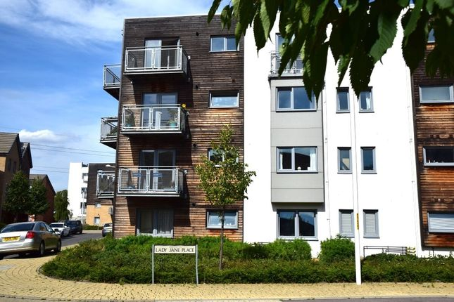 2 bed flat to rent in Lady Jane Place, Dartford DA1