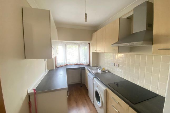 Thumbnail Property to rent in Connaught Gardens, London