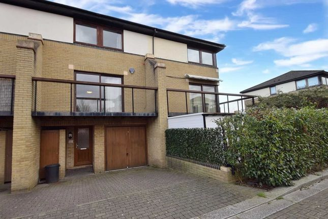 Thumbnail Room to rent in Adelphi Street, Campbell Park, Milton Keynes