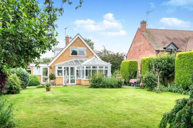 Thumbnail Detached house for sale in The Paddocks, Lenchwick, Evesham, Worcestershire