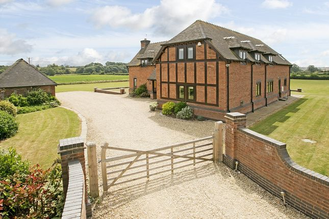 5 bed detached house to rent in Seven Meadows Road, Stratford-Upon-Avon CV37