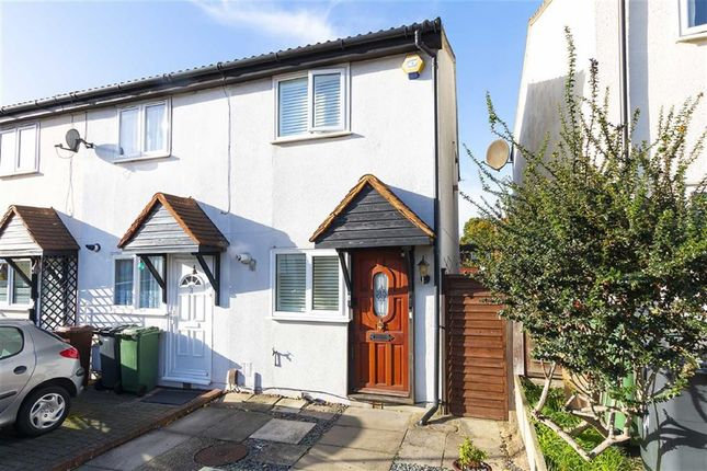 Thumbnail Property for sale in Stapleford Close, London
