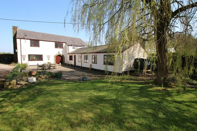 Thumbnail Barn conversion for sale in Brownhill Lane, Longton, Preston