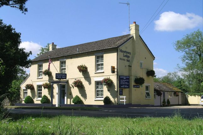Thumbnail Hotel/guest house for sale in Hotel, Ringwood