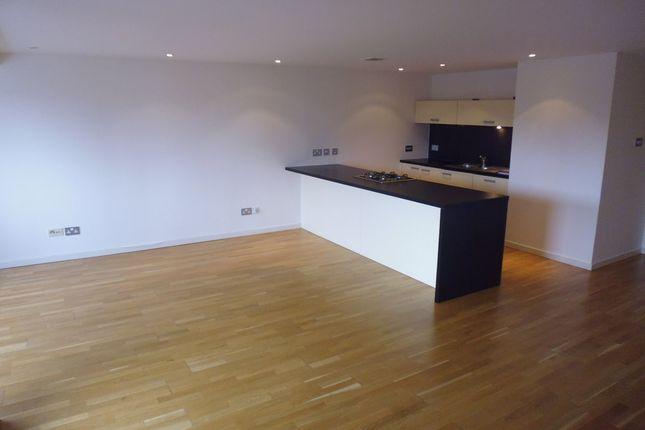 Thumbnail Flat to rent in High Street, Merchant City, Glasgow