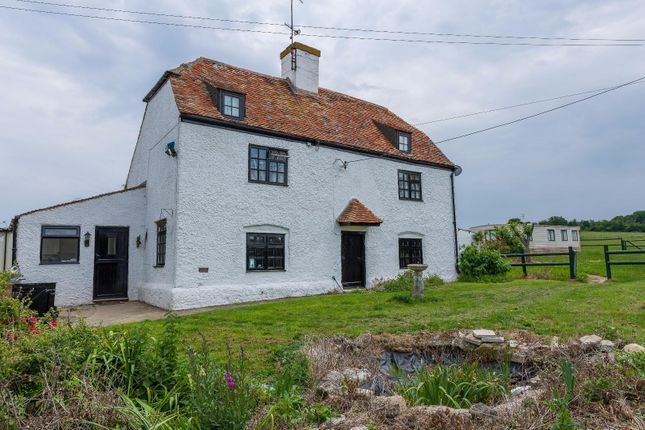 Thumbnail Cottage for sale in Thornden Wood Road, Herne Bay