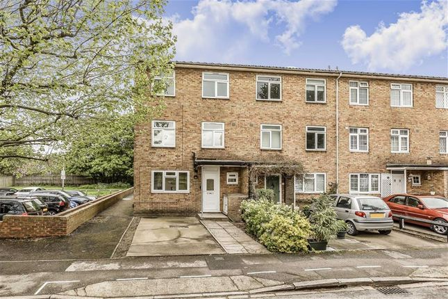Thumbnail Terraced house to rent in Wilkinson Way, London