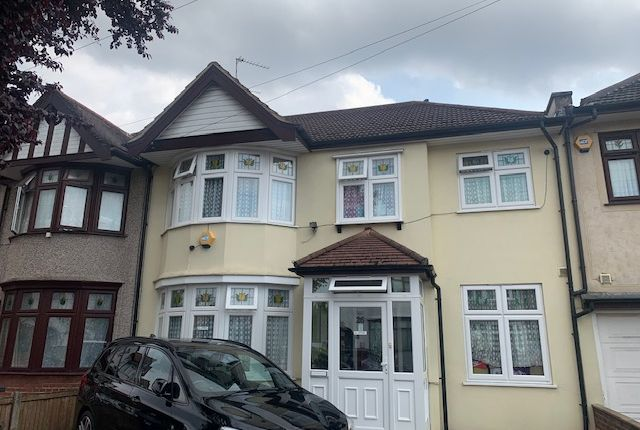 Thumbnail Terraced house to rent in Primrose Avenue, Goodmayes