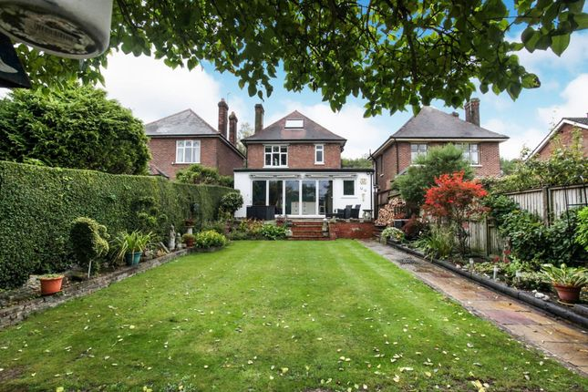 Thumbnail Detached house for sale in Tring Road, Dunstable