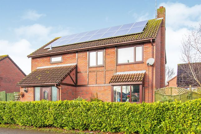 Thumbnail Detached house for sale in Mountbatten Way, Raunds, Wellingborough