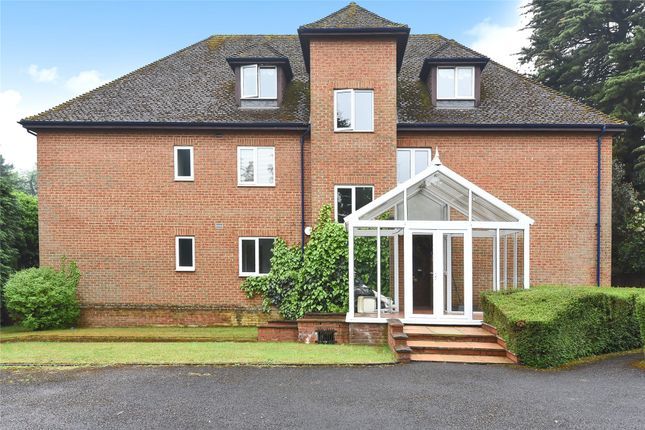 Picture No. 16 of High Meadows, Court Road, Maidenhead, Berkshire SL6