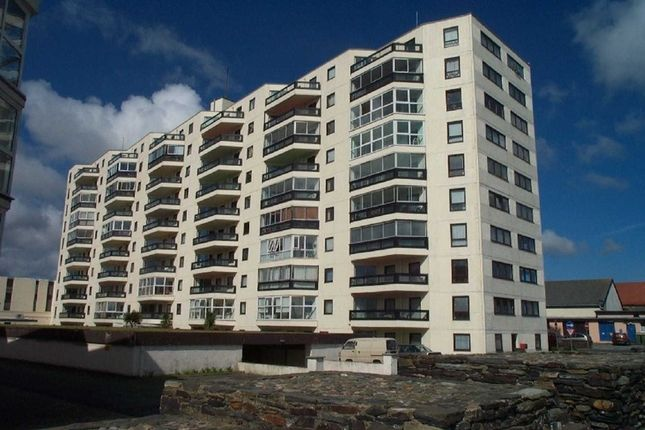 Thumbnail Flat for sale in Kings Court, Ramsey