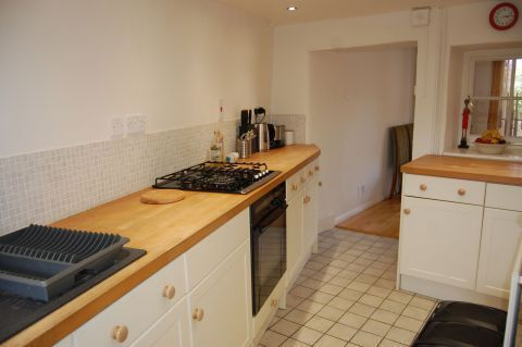 Thumbnail Cottage to rent in The Green, Creaton, Northampton