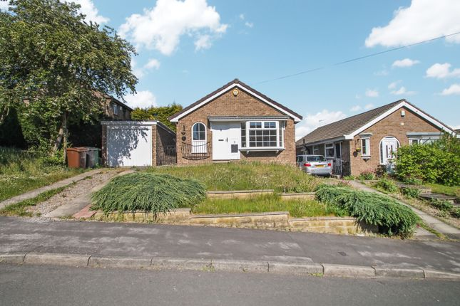 2 bed detached bungalow to rent in Abbeydale Oval, Leeds LS5