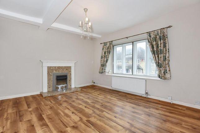 Thumbnail Flat to rent in Cheyne Lane, Bampton