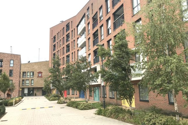 Thumbnail Flat to rent in Giles Court, Tabernacle Gardens, Shoreditch