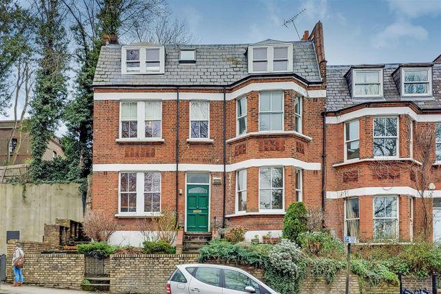 0_Exterior-0 of Highgate Hill, London N19