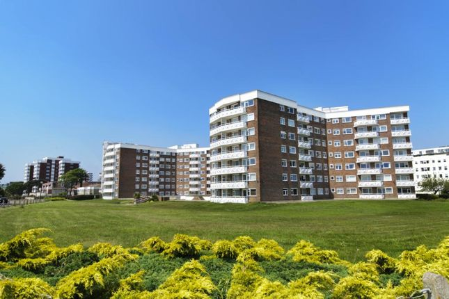2 bed flat for sale in Grove Road, Bournemouth