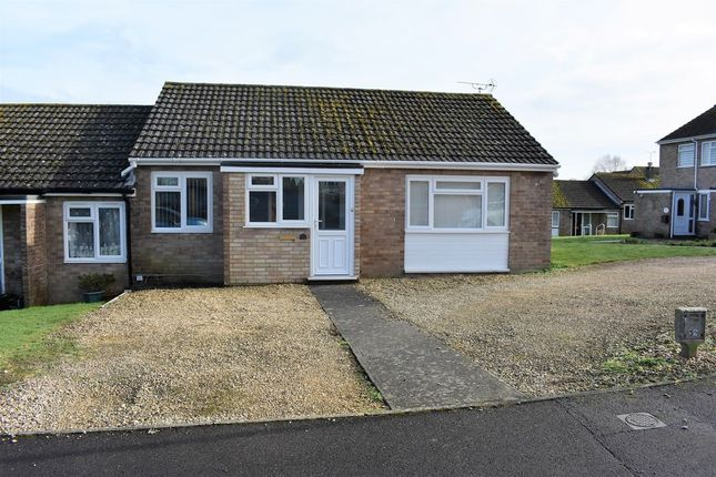 Thumbnail Bungalow to rent in Clovermead, Yetminster, Sherborne