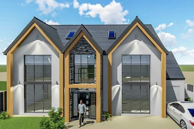 Thumbnail Detached house for sale in London Hill, Rayleigh